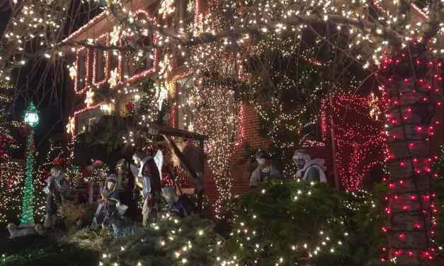 Dyker Heights Brooklyn – Christmas on Steroids