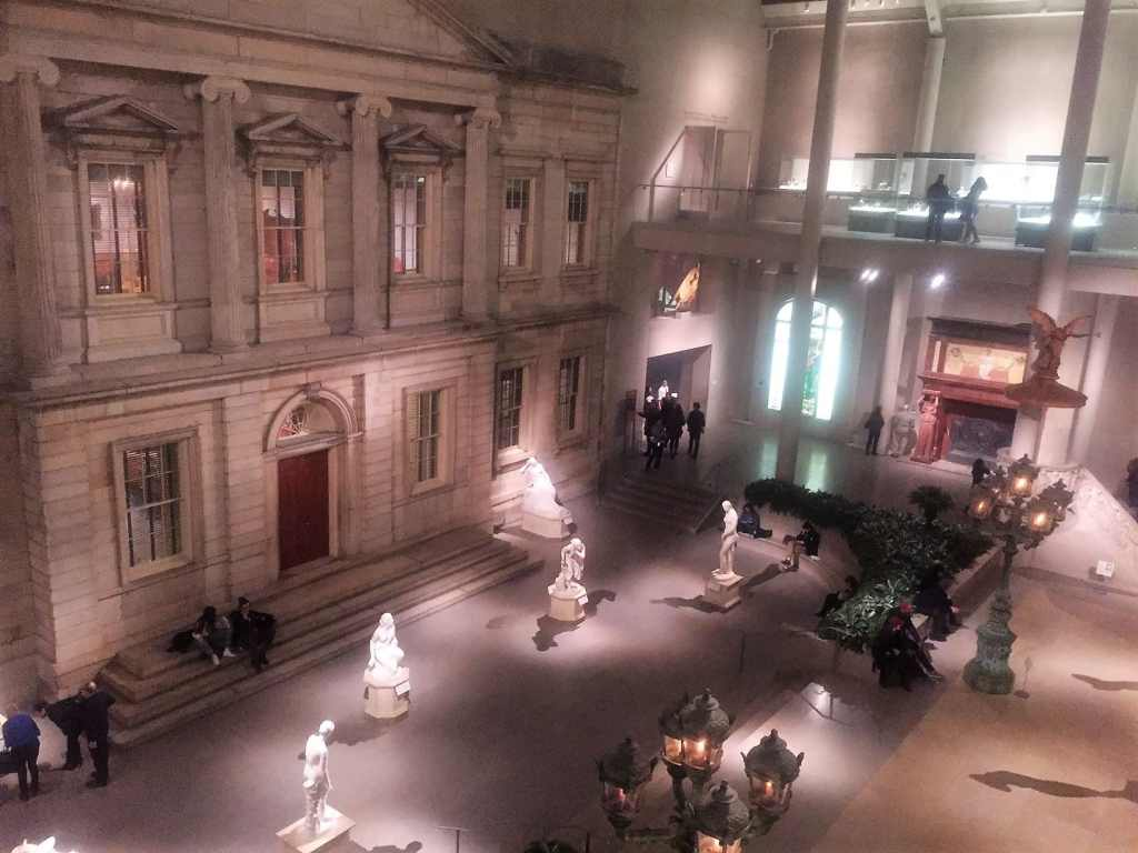 "The Met was pretty quiet after dark. - ""Met vs MOMA: Which Museum is Best?"" - Two Traveling Texans"