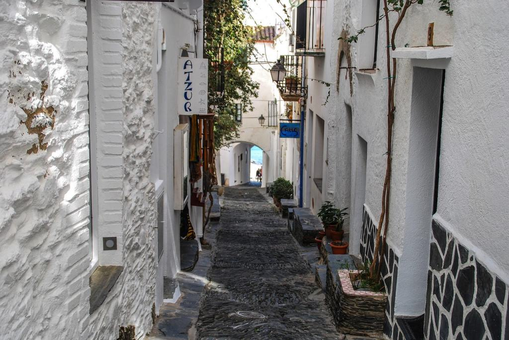 The streets of Cadaqués look straight out of a Greek Island! - The Best Day Trips from Barcelona