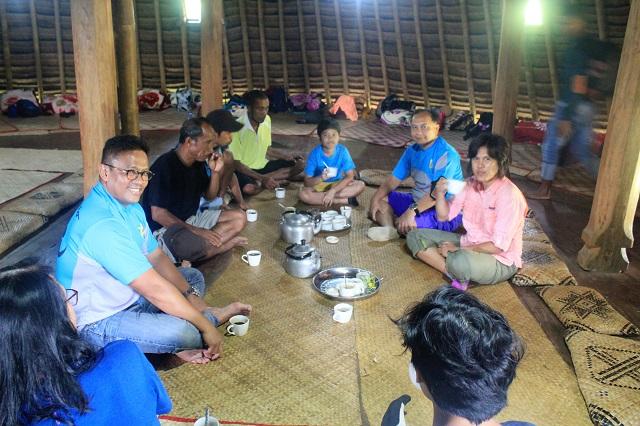 Two Worlds Treasures - coffee & tea time at Wae Rebo Village, Wae Rebo, East Nusa Tenggara, Indonesia.