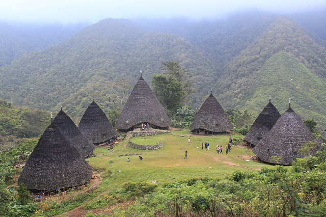 Two Worlds Treasures: the village: Wae Rebo, Flores, Indonesia.