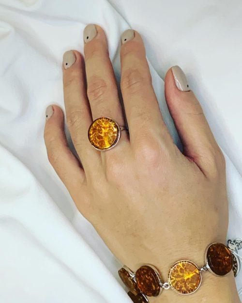 Комплект серебряное кольцо и браслет с янтарем Древо жизни
