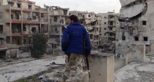 """قائد عسكري في """"جيش الفتح"""": سيطرنا على حي جمعية الزهراء جنوب حلب"""