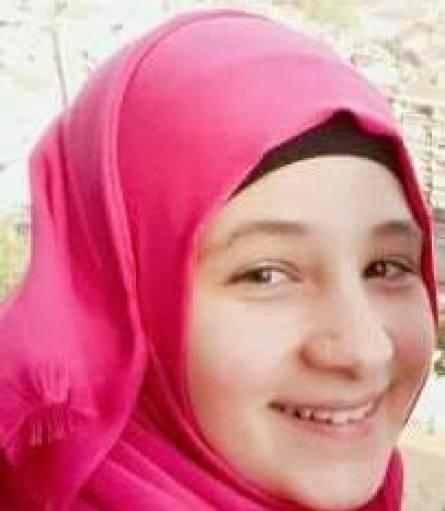 الطفلة الشاعرة سارة مصطفى الحسن