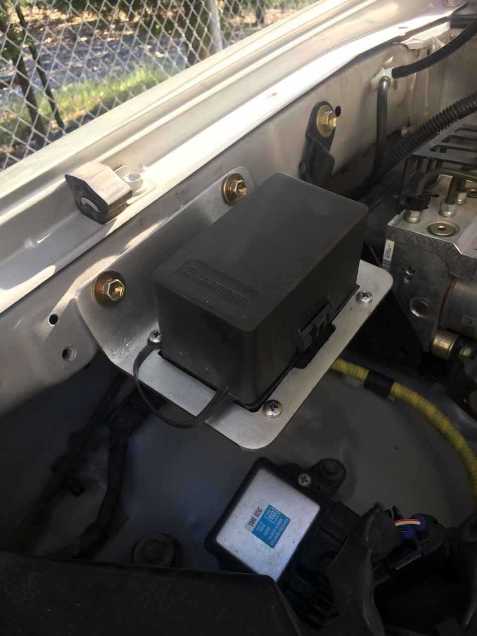 medium resolution of fuse box mounts wiring diagram mega fuse box mounts