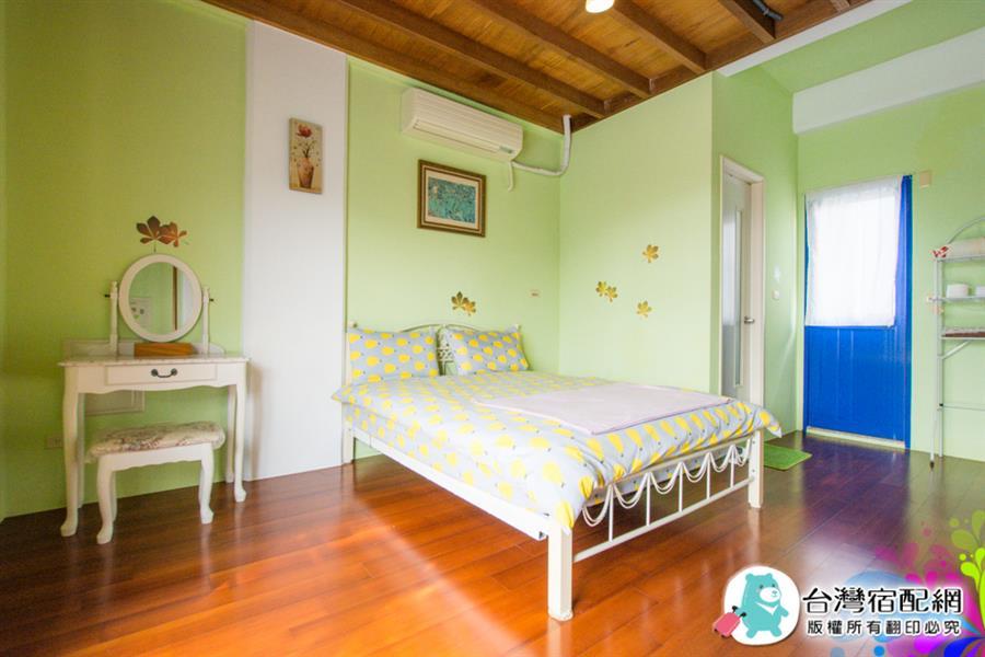 宜蘭包棟民宿-愛上藍與白 - 線上訂房