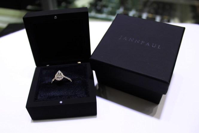 JannPaul Pear-shared Diamond Ring
