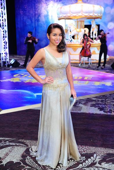 (8) Charmaine Yee