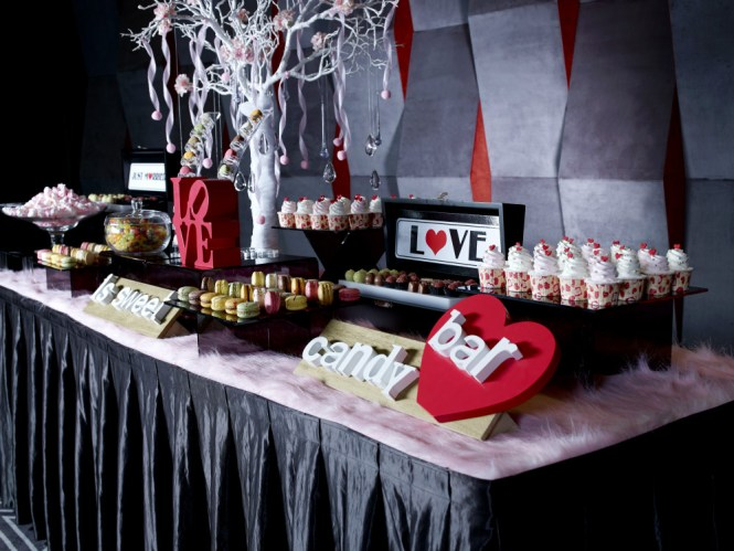 Orange Clove Spellbound Memories candy bar