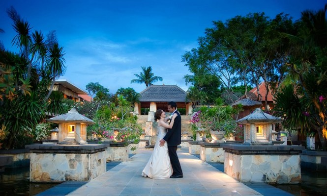 pre-wedding photoshoot locations indonesia - AYANA Resort and Spa, Bali - TripCanvas