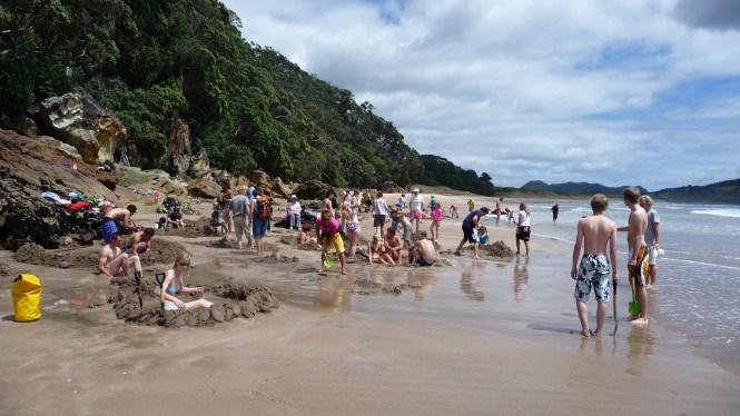 New Zealand Honeymoon_hot-water-beach-4