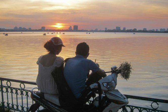 Hanoi Honeymoon - Truc Bach Lake - Green Photo