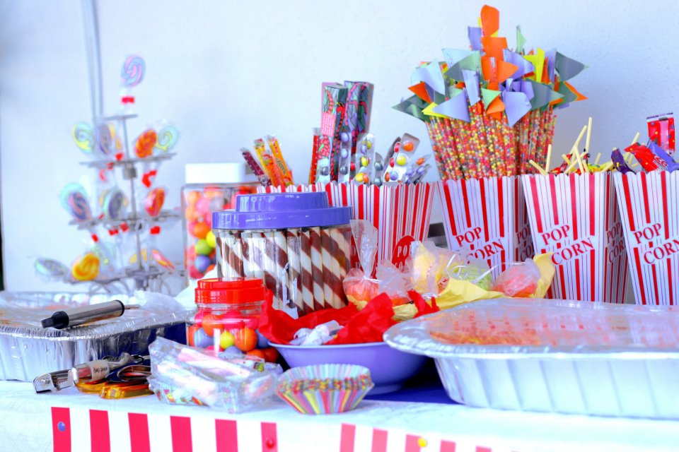 wedding dessert tables - Sweet N Treats