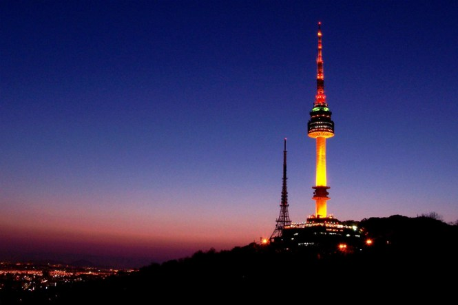 KoreaHoneymoon-SeoulTower-Luxuryasiavacation
