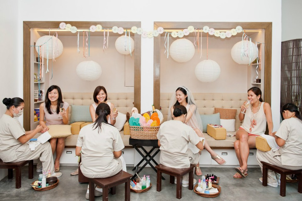 nail salons philippines - Manos Nail Lounge