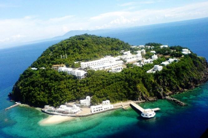 Philippines honeymoon destination - Bellarocca Island Resort and Spa - Wanderingella