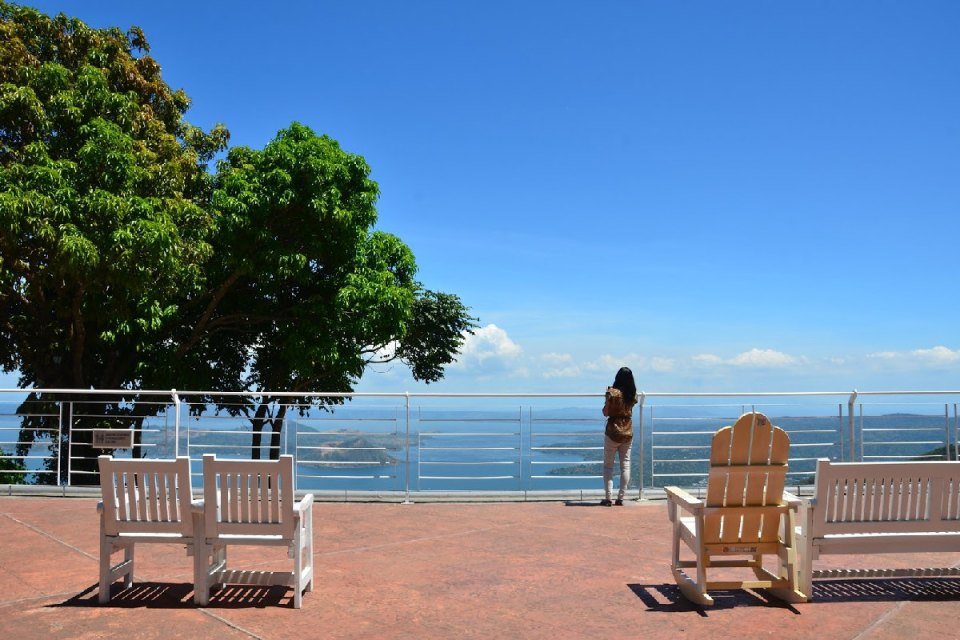 Philippines honeymoon destination - The Inn at Cliffhouse - Wandering Cheeky Girl