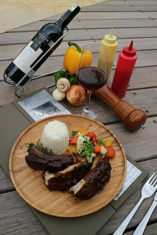 Wyndham Tamansari Jivva Bali Resort_Food