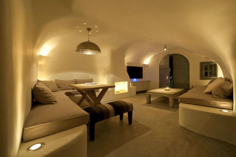 romantichotels-kapari-Hotels