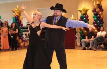 Dance Mardis Gras Tony and Natascha - Waltz - ProAm
