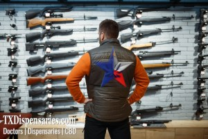 Texas Man shopping for guns