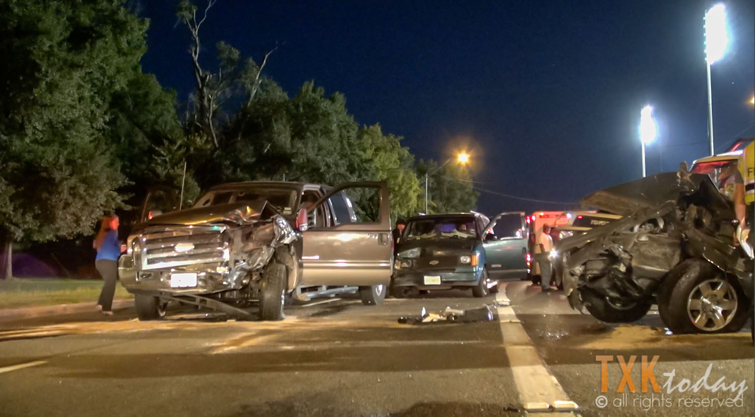 Hit & Run Driver Causes Multiple Accidents on Summerhill [VIDEO