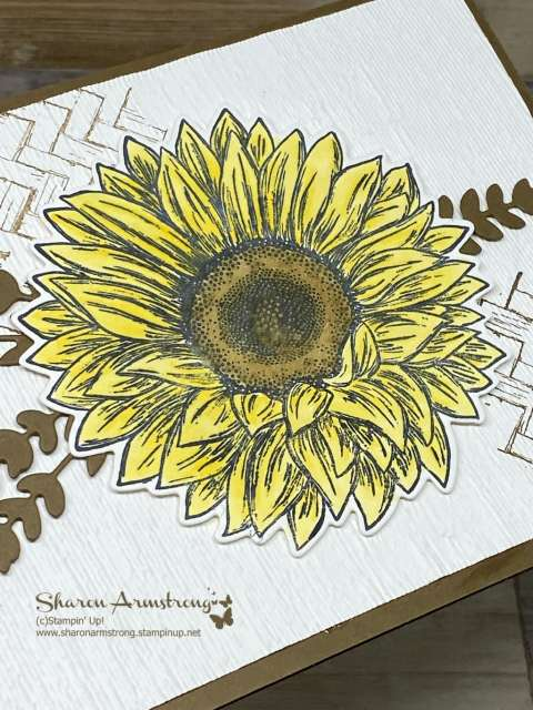 handmade-thank-you-card-with-yellow-sunflower-focal-point