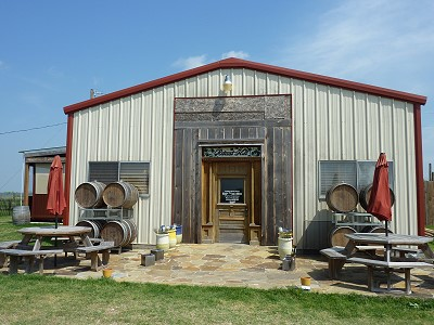 Retreat Hill Wineyard & Vineyard