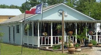 Texas Vineyard & Smokehaus - outside