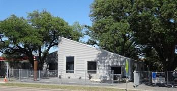 Solaro Estate Winery - Houston - outside