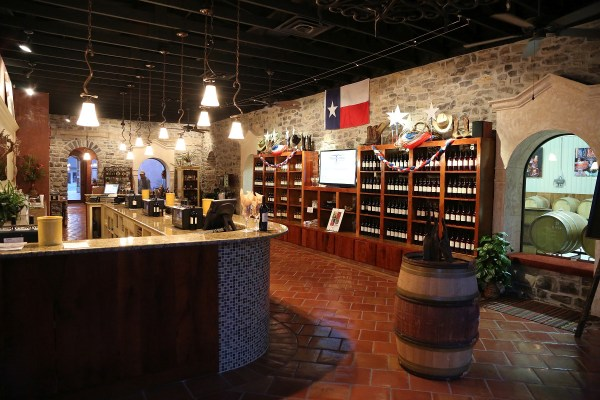 Wedding Oak Winery inside