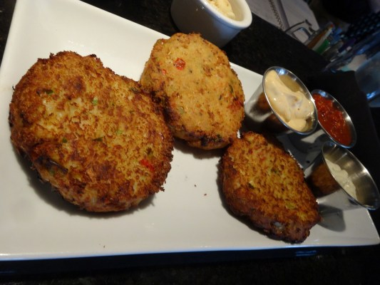 Enoch's Stomp crab cakes