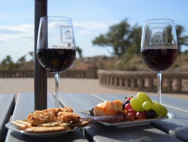 Torr Na Lochs wine and food