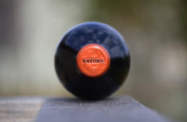 Natura Carménère bottle end