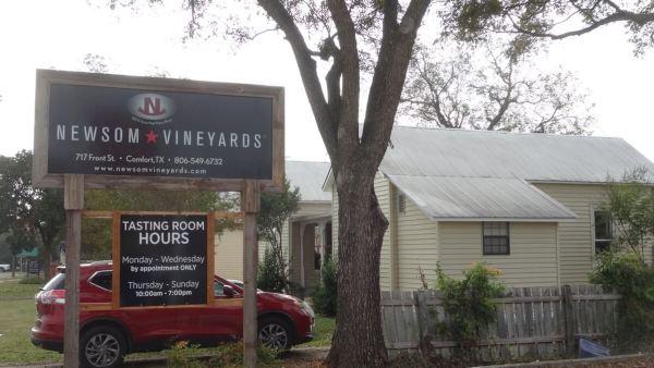 Newsom Vineyards at Comfort front
