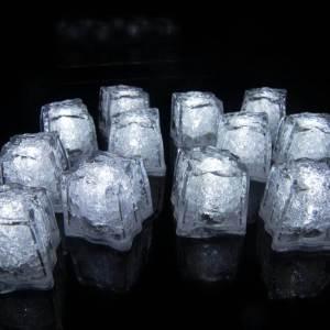 12 White Light Up Ice Cubes