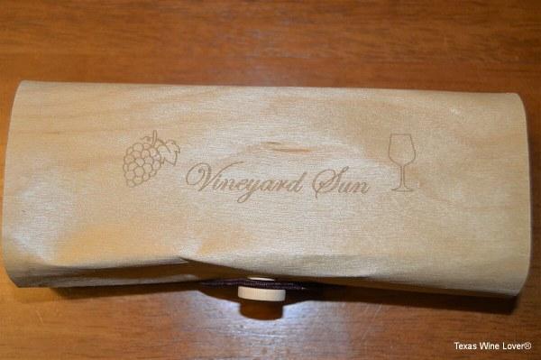Vineyard Sun sunglasses top of box