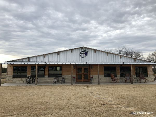 Bull Lion Ranch and Vineyard tasting room