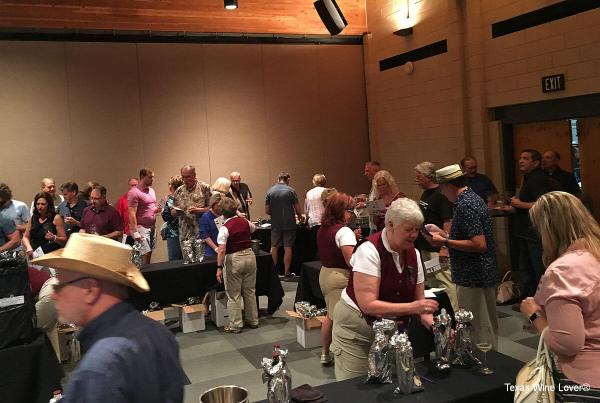 North Texas Wine Country Blind Tasting Competition after