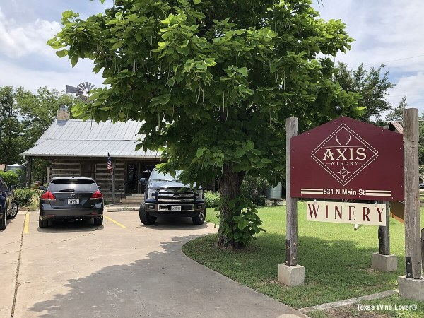 Axis Winery sign and front