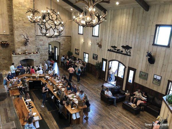 Safari Winery tasting room