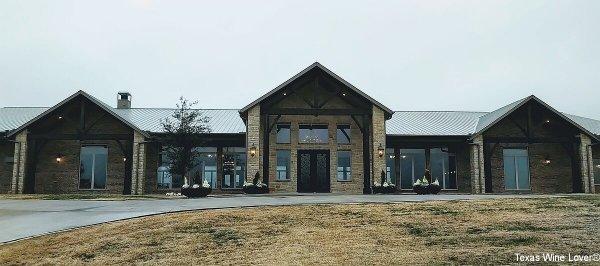 Dove Ridge Winery event center