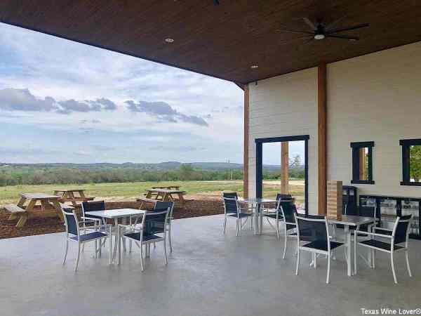 Covington Hill Country patio