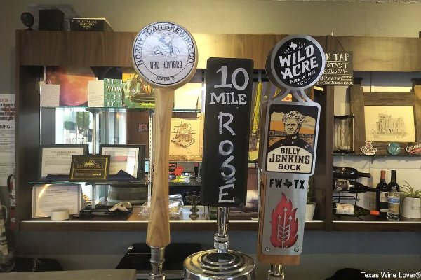 10 Mile Productions beer and wine taps