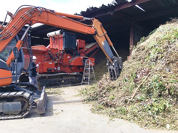 食品だけでなく伐採された樹木や間伐材などもリサイクル。量の多さに驚かされます。