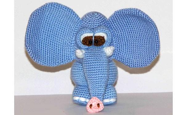 Голубой слоник. Крючком. Описание