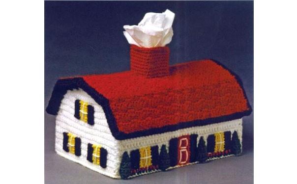Вязаная подставка для салфеток. Дом с красной крышей. Описание
