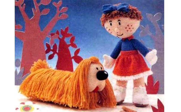 Вязаная спицами кукла Флоренция с собакой. Описание