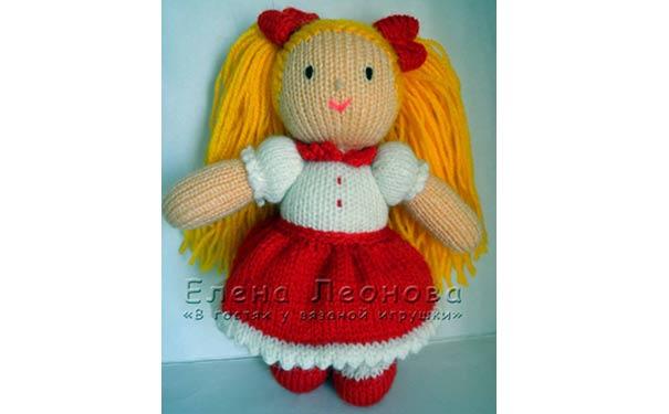 Вязаная спицами кукла Таня. Описание