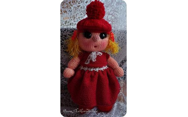 """Вязаная спицами кукла """"Куклешка"""""""